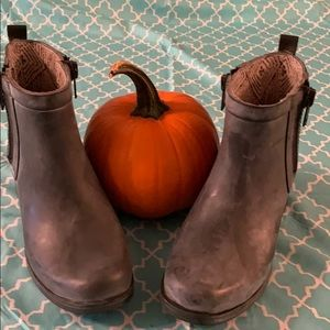 Lucky Brand Antiqued Rubber Boots